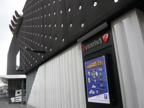 http://10000visions.cowblog.fr/images/013.jpg