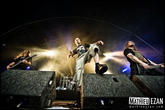 http://10000visions.cowblog.fr/images/Hellfest/2011/Meshuggah.jpg